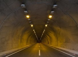 Normal_tunnel-2325753__340